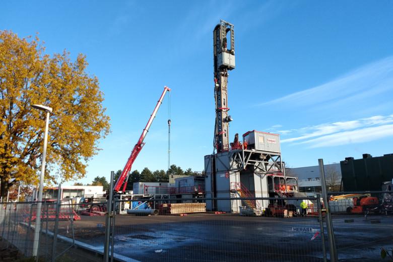 Utilising geothermal energy to power industrial sites